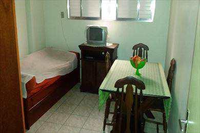 Apartamento, código 2452 em Santos, bairro José Menino