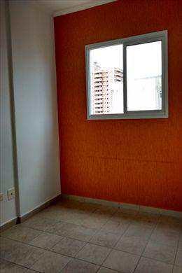 Apartamento, código 2205 em Praia Grande, bairro Aviação
