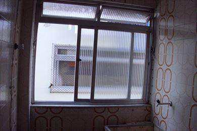 Apartamento, código 2176 em Santos, bairro Macuco