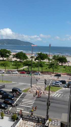 Kitnet, código 2138 em Santos, bairro José Menino