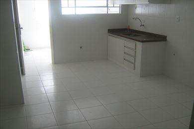 Apartamento, código 1865 em Santos, bairro José Menino