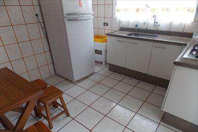 Apartamento, código 1799 em Santos, bairro José Menino