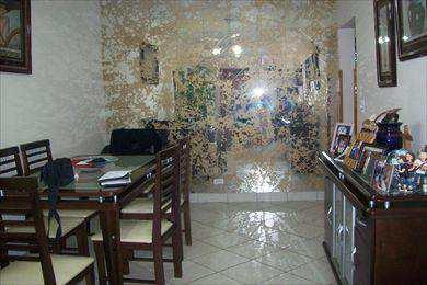 Apartamento, código 1768 em Santos, bairro Embaré