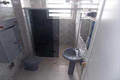 Apartamento, código 1571 em São Vicente, bairro Itararé