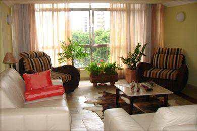 Apartamento, código 718 em Santos, bairro Gonzaga
