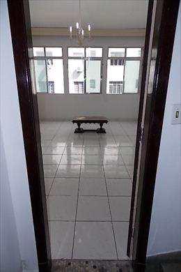 Apartamento, código 220 em São Vicente, bairro Itararé