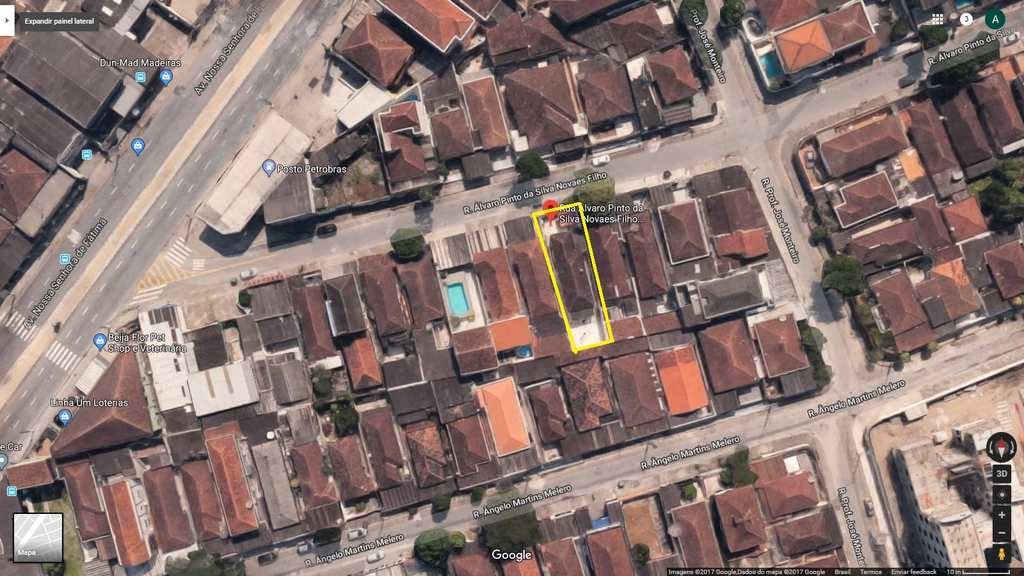 Casa em Santos, no bairro Caneleira