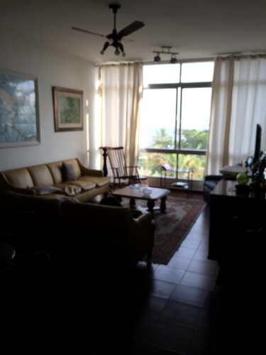 Apartamento, código 3044 em Santos, bairro Embaré
