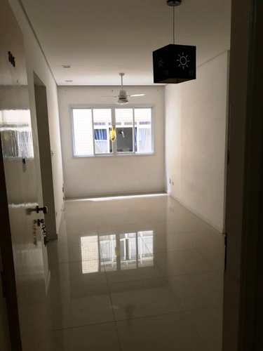 Apartamento, código 3060 em São Vicente, bairro Itararé