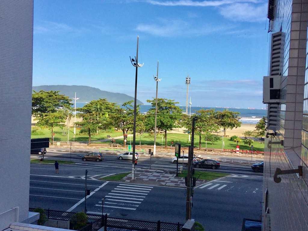 Kitnet em Santos, bairro José Menino