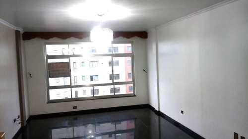 Apartamento, código 3217 em Santos, bairro Embaré