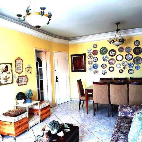 Apartamento, código 3469 em Santos, bairro Embaré