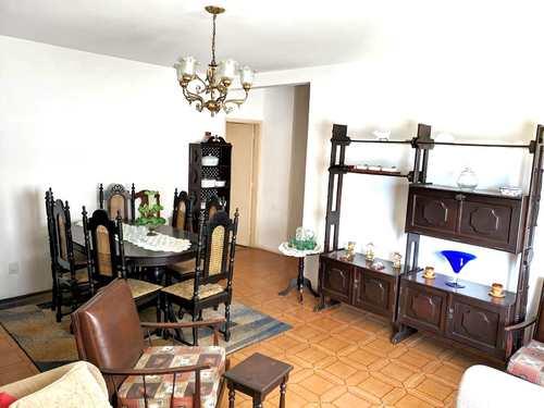 Apartamento, código 3807 em Santos, bairro José Menino