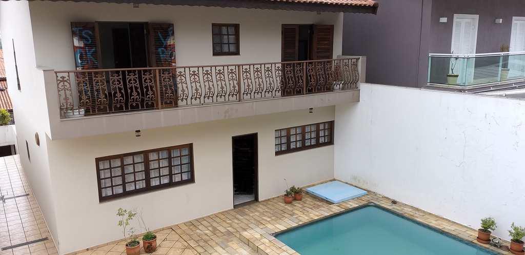 Sobrado em Ribeirão Pires, no bairro Centro
