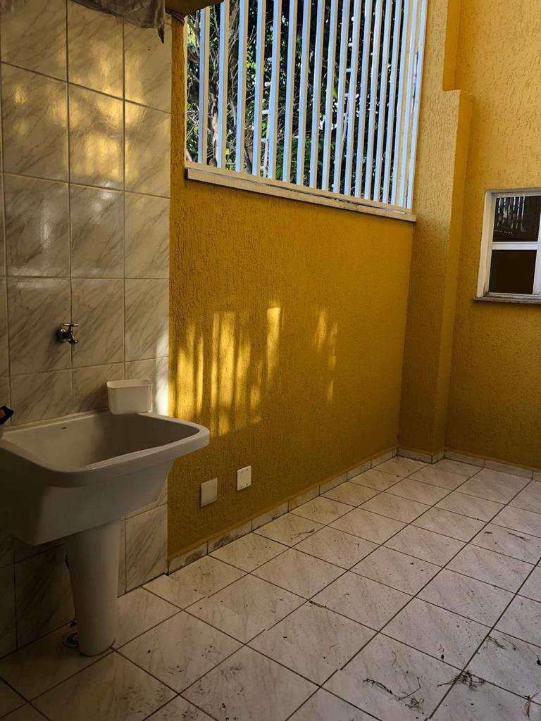 Sobrado de Condomínio em Santo André, no bairro Vila Lucinda