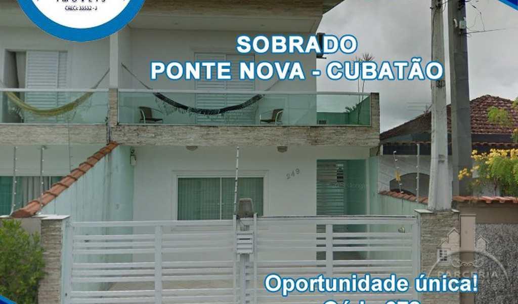 Sobrado em Cubatão, bairro Vila Ponte Nova