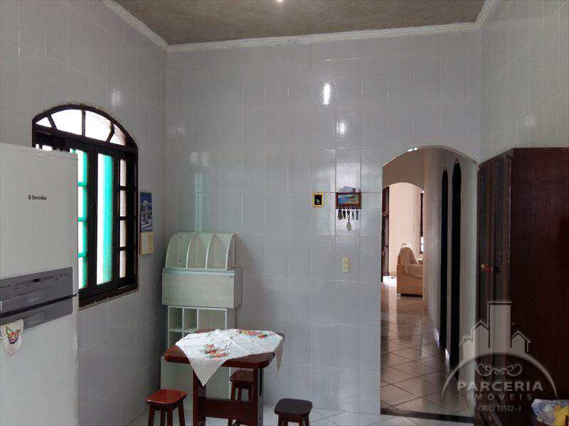 Casa em Cubatão, no bairro Parque São Luis