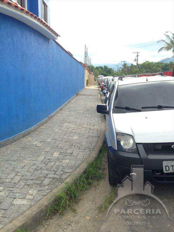 Sobrado em Cubatão, no bairro Parque São Luis