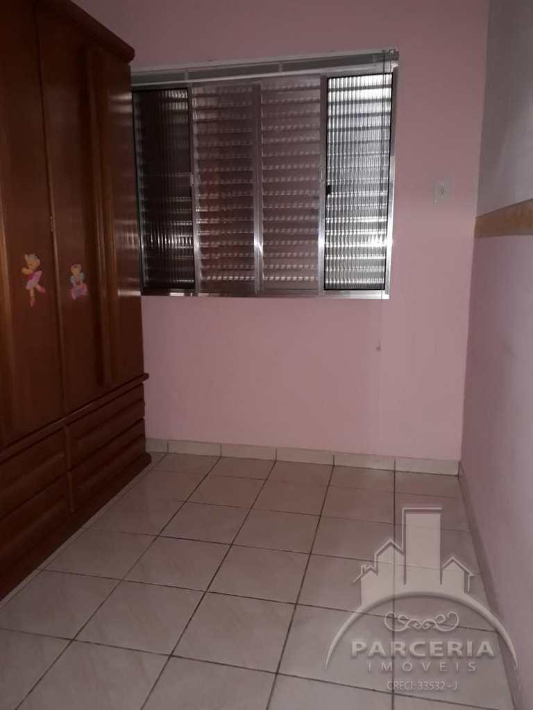 Casa em Cubatão, no bairro Vila Caraguata