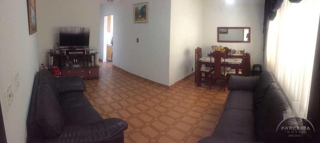 Casa em Santos, no bairro Chico de Paula