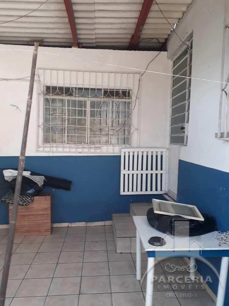 Casa em Cubatão, no bairro Parque Fernando Jorge