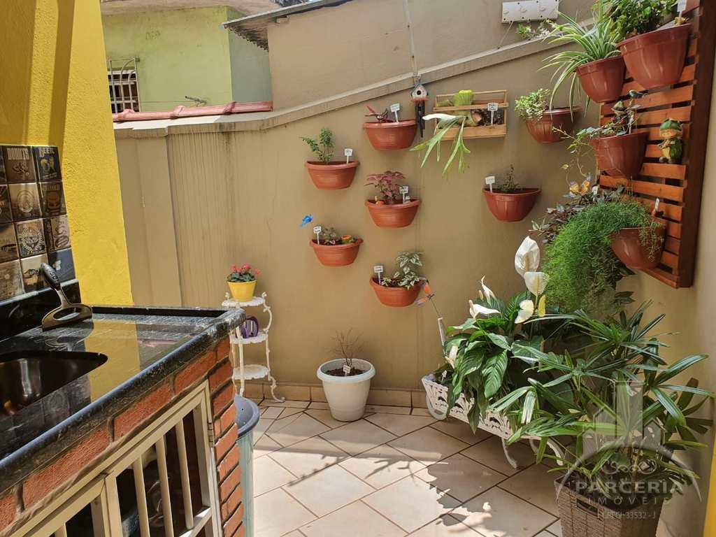Apartamento em Cubatão, no bairro Jardim Casqueiro