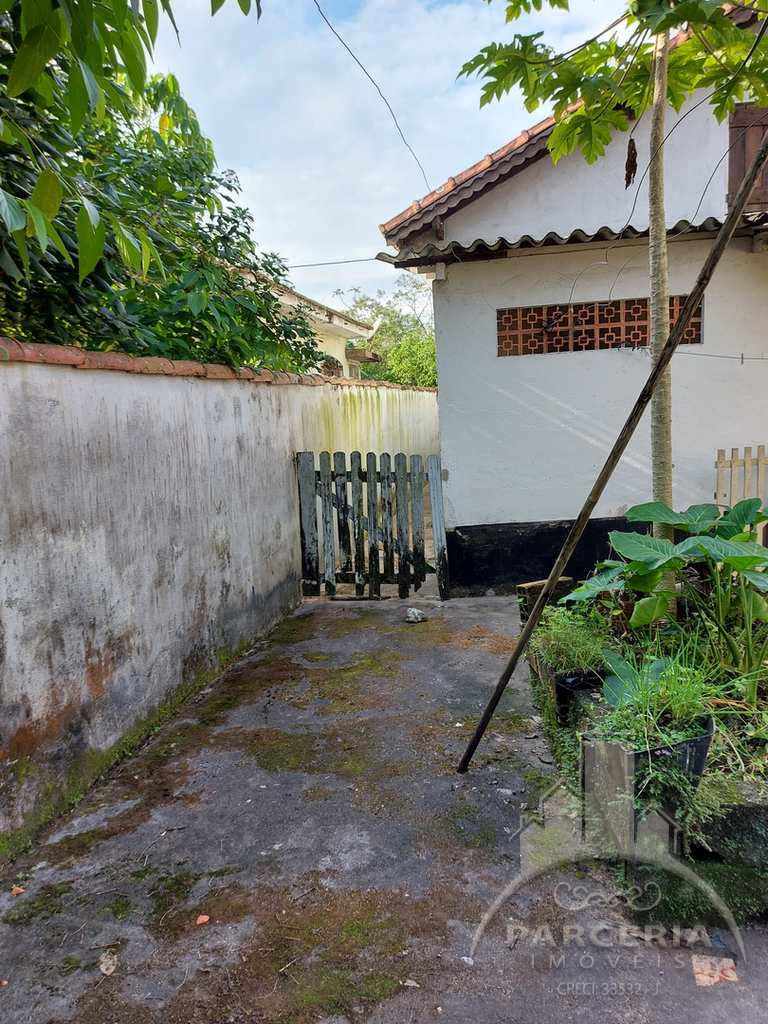Casa em Cubatão, no bairro Jardim São Francisco