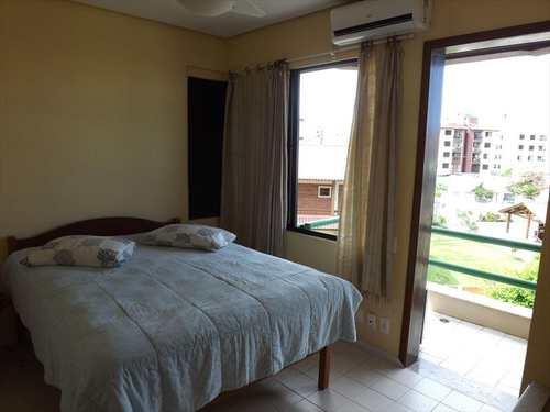 Apartamento, código 230 em Florianópolis, bairro Ingleses do Rio Vermelho