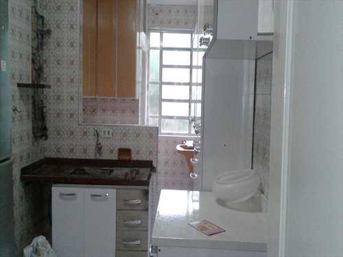 Apartamento, código 1124 em Santos, bairro Marapé