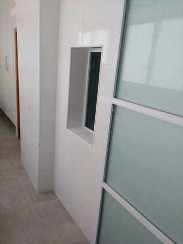 Apartamento, código 1054 em Santos, bairro Aparecida