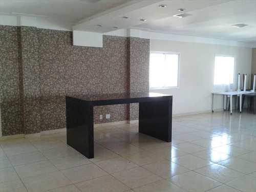 Apartamento, código 693 em Santos, bairro Vila Matias