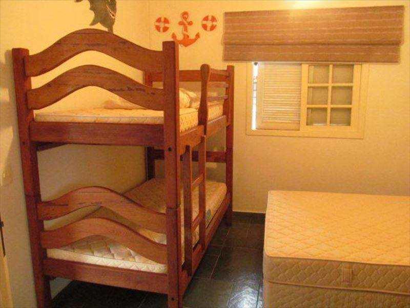 Apartamento em São Sebastião, bairro Juquehy