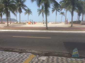 Kitnet, código 2672 em Praia Grande, bairro Boqueirão
