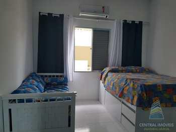 Kitnet, código 3086 em Praia Grande, bairro Canto do Forte