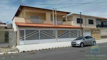 Casa, código 3100 em Praia Grande, bairro Boqueirão