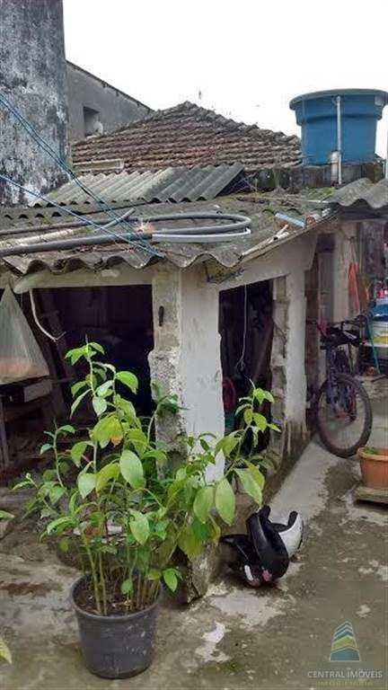 Terreno em São Vicente, no bairro Vila Mateo Bei