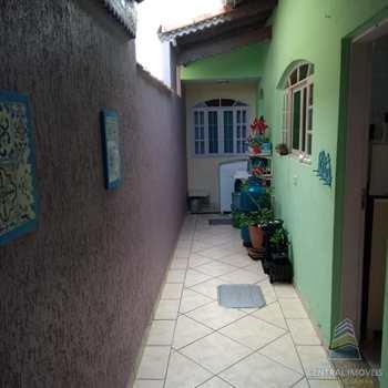 Casa em Praia Grande, bairro Guilhermina
