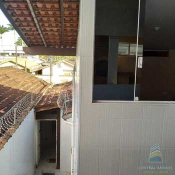 Casa em Praia Grande, bairro Samambaia