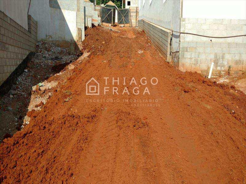 Condomínio em Sorocaba, no bairro Lopes de Oliveira