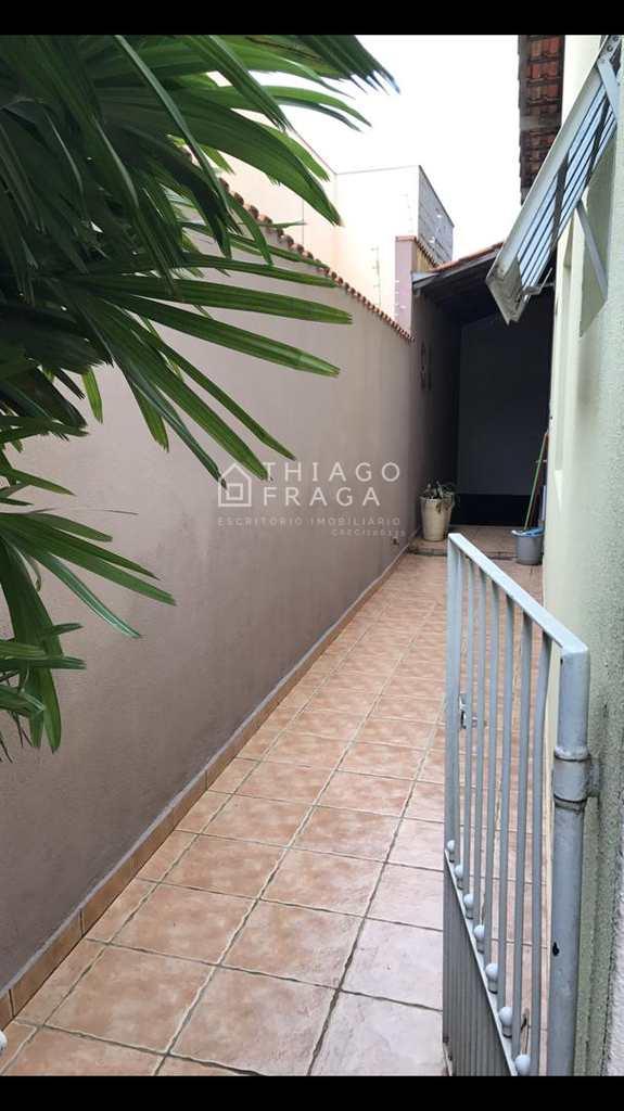 Sobrado em Sorocaba, no bairro Jardim Alvorada
