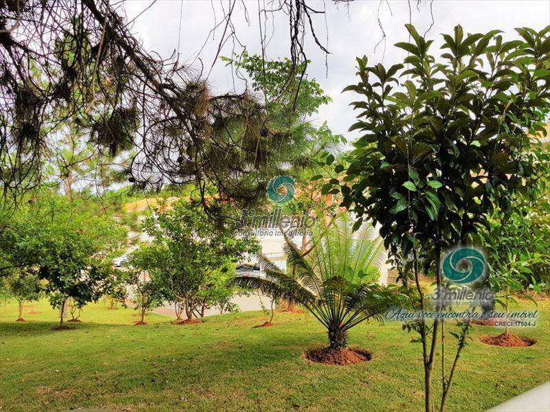Sobrado de Condomínio em Cotia, bairro Paisagem Renoir