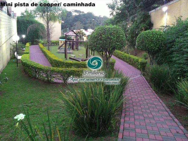 Casa em Cotia, no bairro Chácara Canta Galo