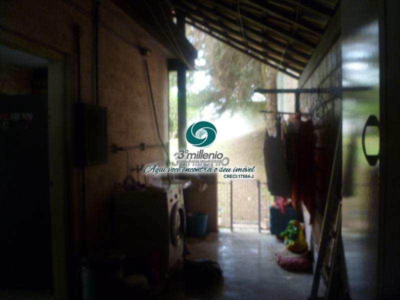 Casa em Cotia, no bairro Granja Caiapiá
