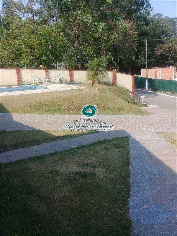 Casa de Condomínio em Cotia, no bairro Granja Caiapiá