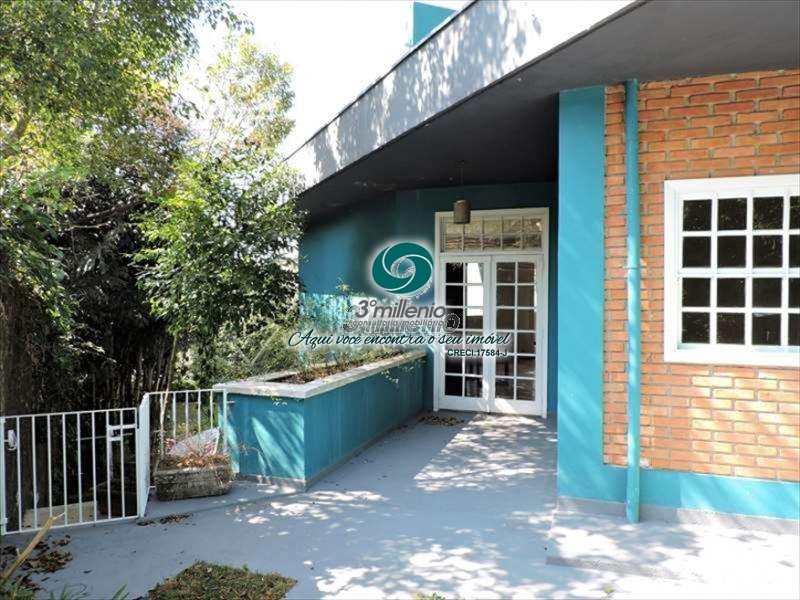Casa em Carapicuíba, no bairro Parque Primavera