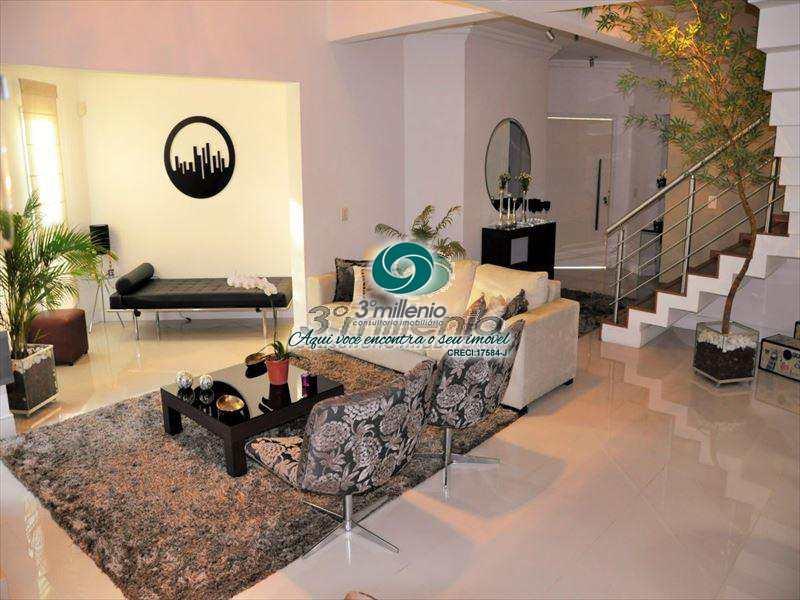 Casa de Condomínio em Jandira, no bairro Jardim do Golf I