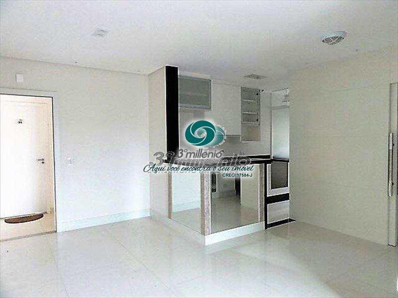 Apartamento em Cotia, bairro Jardim Barbacena
