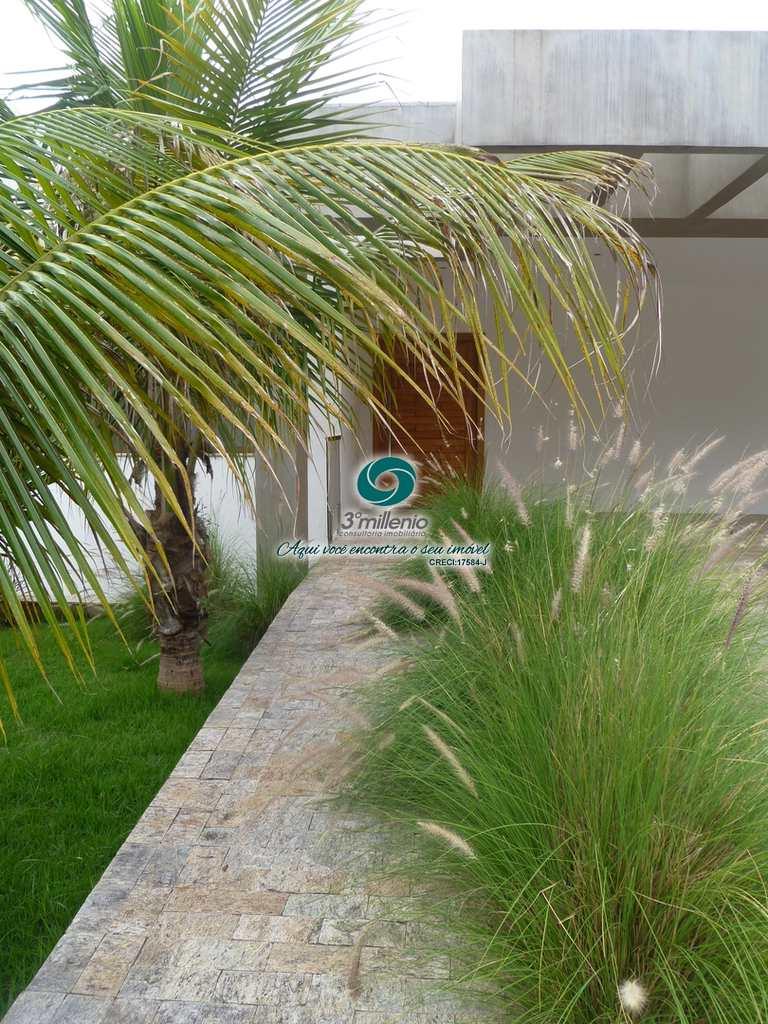Casa em Carapicuíba, no bairro Golf Village