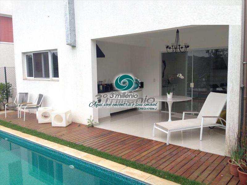 Casa de Condomínio em Cotia, bairro Bosque do Vianna