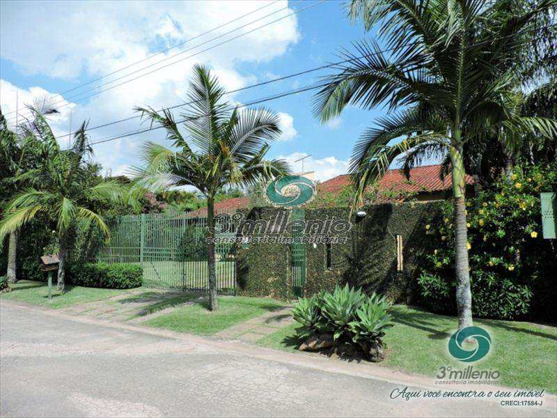 Casa de Condomínio em Carapicuíba, bairro Chácara Vale do Rio Cotia